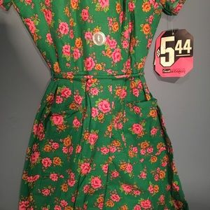 Vintage Dresses - Vintage 1950s Floral Green House Dress 16.5 Size